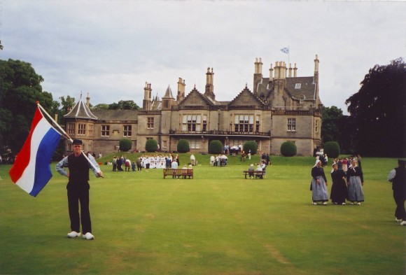 2001 Optreden in de tuinen van Lauriston Castle, Schotland