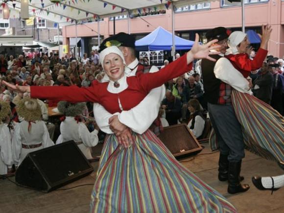 braderie 2010, buitenlandse folklore uit Letland