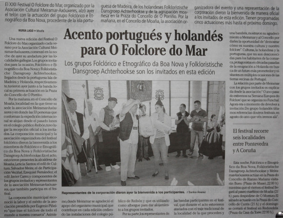 Persbericht in Spaanse krant over de ontvangst van de groepen bij de burgemeester van Moaña.