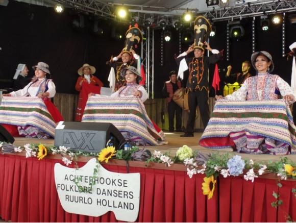 Achterhoek Nieuws - Identidad Peru (2016-08-17)